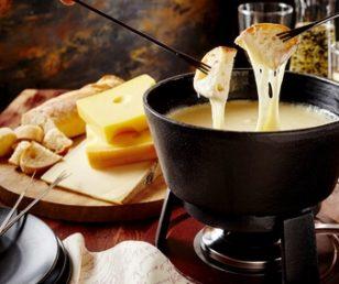 Käse Fondue Abend – Schweizer Art